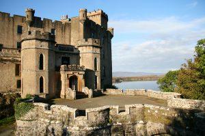 Dunvegan Castle Library Pics  (6)