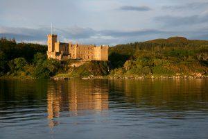 Dunvegan Castle Library Pics  (7)