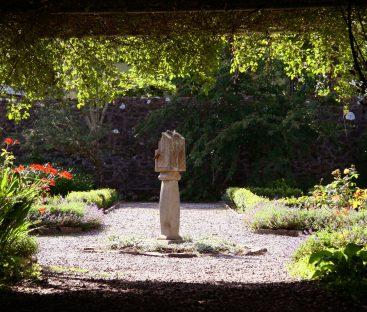 gardens (83a)