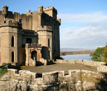 Dunvegan Castle Library Pics (24)