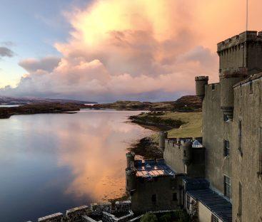 Dunvegan Castle Library Pics (33)