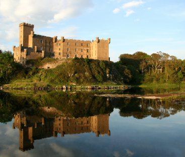 Dunvegan Castle Library Pics (37)