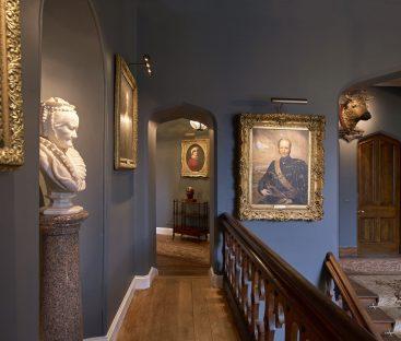 Dunvegan Castle Library Pics (43a)